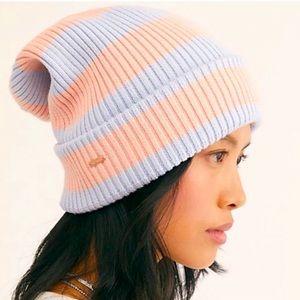 🆕Free People 2 slouch hat bundle